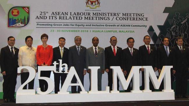 Para menteri ketenagakerjaan di Asean berkumpul untuk menghasilkan tentang green jobs untuk kelestarian lingkungan.