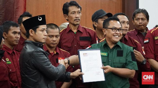 Pemuda Bulan Bintang mendukung langkah Yusril Ihza Mahendra menjadi pengacara calon petahana, serta siap mendukung Jokowi-Ma'ruf Amin di pilpres 2019.