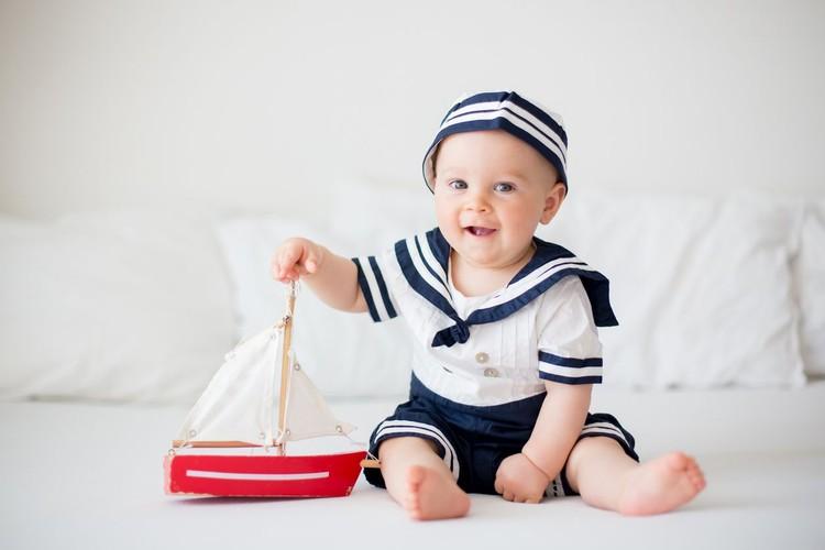 25 Nama Bayi Laki-laki Bermakna Kreatif