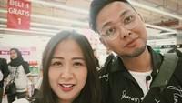 <p>Mesra dan langgeng selalu ya, Astrid dan Arlan. (Foto: Instagram/astridbasjar)</p>