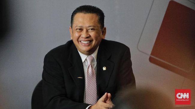 Ketua DPR Bambang Soesatyo mengharapkan dua pasangan calon yang beradu gagasan di debat capres 2019 tetap kompak setelah acara selesai.