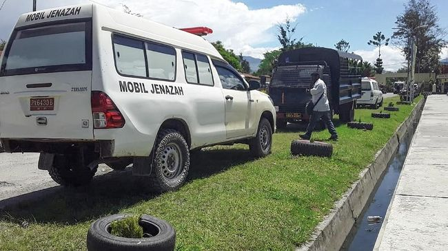 Kabid Humas Polda Papua mengatakan jenazah delapan pekerja itu akan diserahkan oleh Polri kepada pihak Istaka Karya pada Jumat pagi.