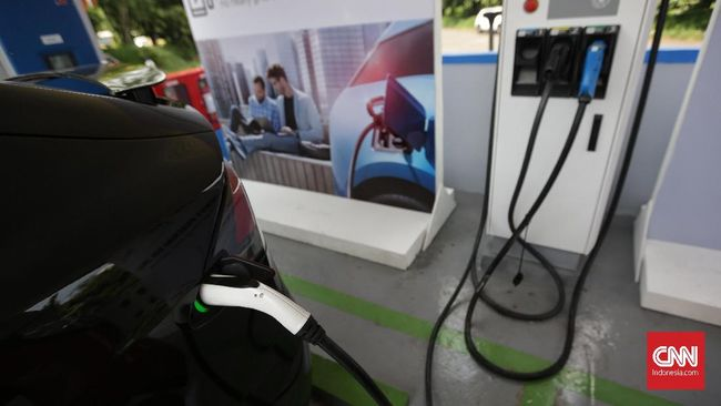 Stasiun pengecasan baterai adalah elemen penting dalam membangun ekosistem kendaraan listrik, namun saat ini jumlahnya baru sedikit.