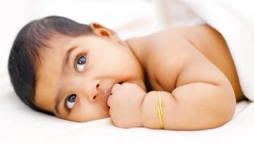 20 Nama Bayi Laki-laki Terinspirasi dari Personel Band