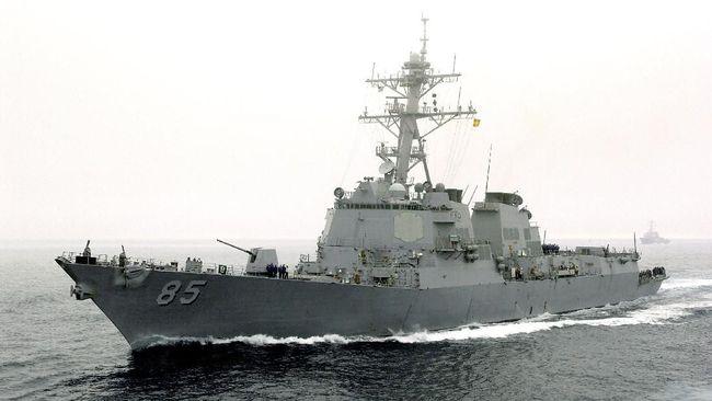 Kapal perang Amerika Serikat, USS McCampbell nekat berlayar di Kepulauan Paracel yang disengketakan oleh China di tengah perundingan perang dagang.