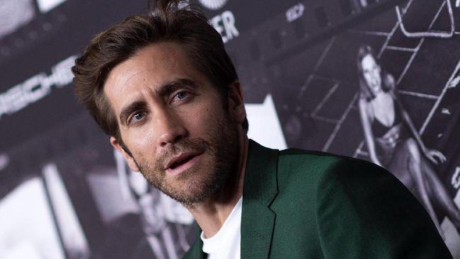 Aktor Jake Gyllenhaal dipastikan hadir dalam film garapan sutradara Hollywood, Michael Bay berjudul Ambulance.