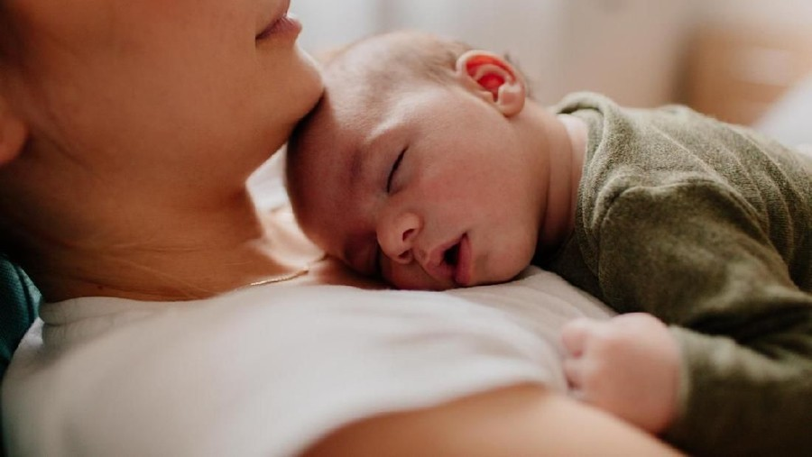 4 Cara Rumahan untuk Mengatasi Hidung Bayi Tersumbat