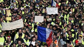 Satu Tahun Demo Rompi Kuning Prancis Dibuyarkan Gas Air Mata