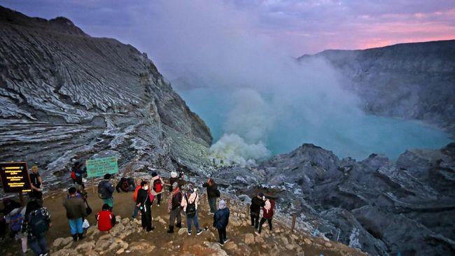 Ada banyak gunung di Indonesia yang cocok bagi pendaki pemula, beberapa di antaranya Gunung Papandayan dan Gunung Prau.