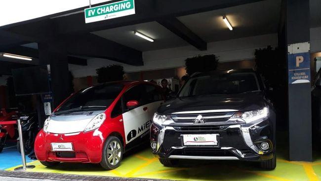 PLN Pastikan Cas Mobil Listrik Lebih Murah dari Beli Bensin