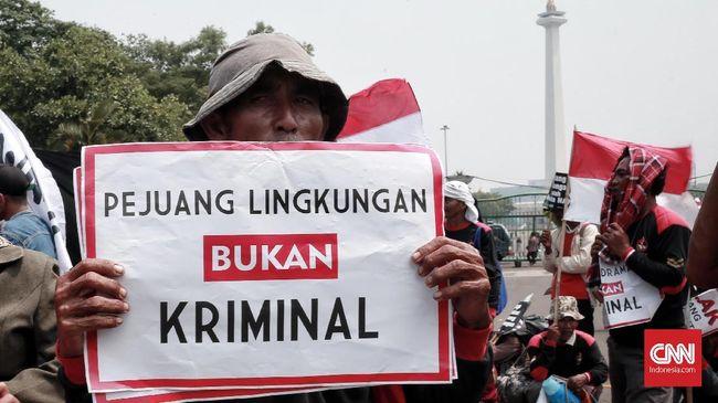 Menurut Walhi pidato visi investasi Jokowi yang disampaikan akhir pekan lalu adalah narasi usang, dan justru mempertegas skenario muka dua lima tahun terakhir.
