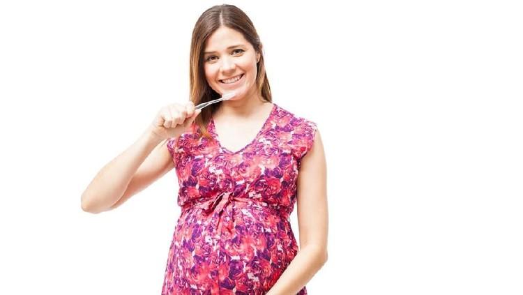 Kebersihan mulut harus selalu dijaga, terlebih bagi ibu hamil. Nah, untuk mencegah timbulnya kanker mulut, yuk simak tipsnya bersama.