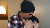 <p>Duh, romantis banget sih Kevin dan Bunda Nancy. (Foto: Instagram @nancykeju)</p>