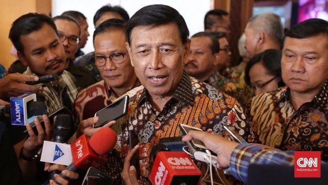 Wiranto mengkhawatirkan dibesar-besarkannya kasus perusakan bendera Demokrat justru berpotensi menimbulkan konflik di masyarakat.