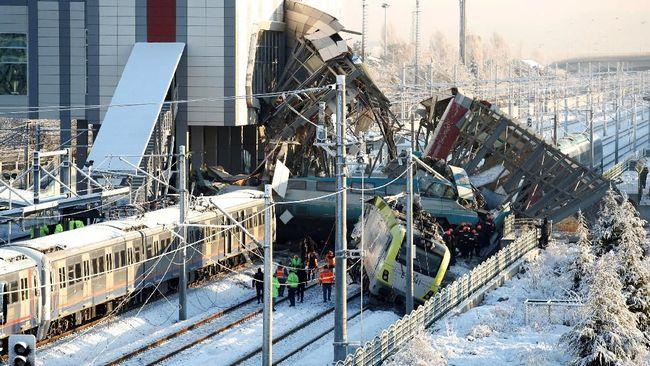 Kecelakaan Kereta di Ibu Kota Turki, 7 Orang Tewas
