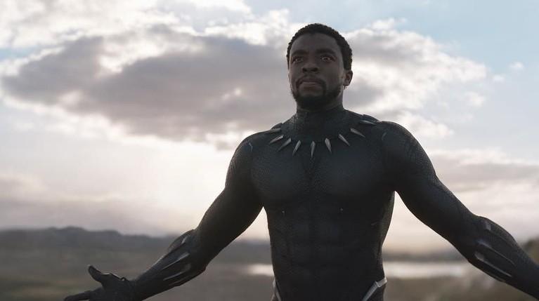 Black Panther. Film tentang Raja T'Challa yang kembali ke Wakanda ini menjadi film yang paling banyak dicari sepanjang 2018. Film ini juga telah meraih banyak pengahargaan salah satunya, People Choice Award.