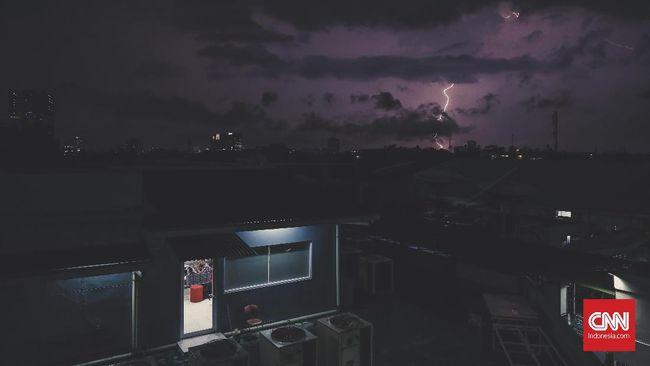 BMKG: Indonesia Potensi Hujan Lebat hingga Sepekan ke Depan