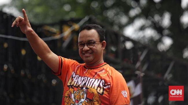Kemenpora mengingatkan Gubernur Anies Baswedan bahwa ia punya janji pembangunan stadion untuk markas Persija Jakarta.