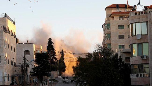 Militer Israel kembali menghancurkan kediaman keluarga Palestina terduga pelaku pembunuhan seorang wanita Israel pada Februari lalu.