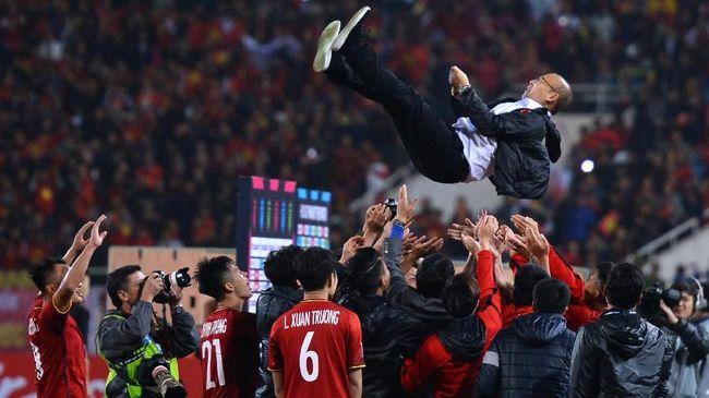 Pelatih timnas Vietnam Park Hang-Seo meminta maaf atas kartu merah yang didapat di pertengahan laga melawan Indonesia di final SEA Games 2019.