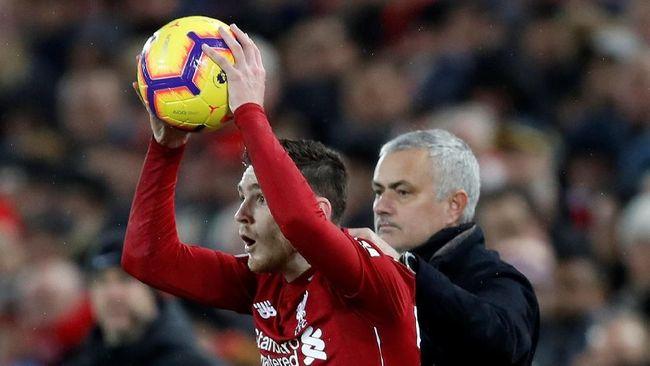 Manajer Manchester United Jose Mourinho menyebut perbedaan terbesar antara timnya dengan Liverpool terletak pada kemampuan fisik para pemain di lapangan.