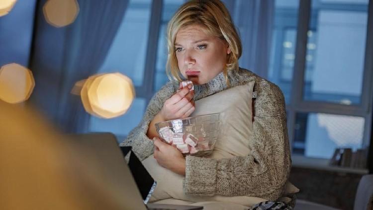 Bunda dan keluarga wajib banget tahu nih tanda-tanda emotional eating