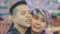 <p>Ernest dan Meira dikenal sebagai pasangan yang humoris, lucu banget ya fotonya. Dokumentasi: Rahadyankukuh (Foto: Instagram @ ernestprakasa)</p>