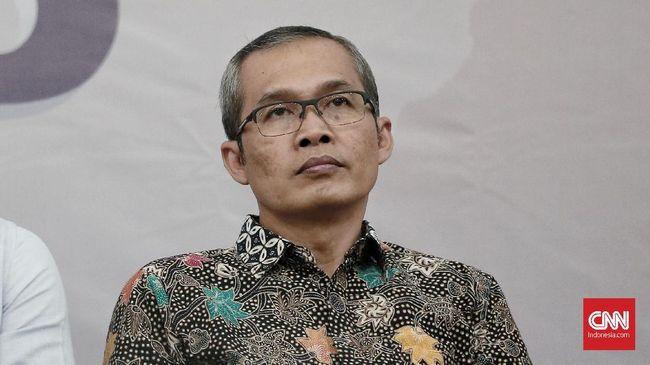 Wakil Ketua KPK yang baru terpilih Alexander Marwata menilai selama ini WP KPK seolah menjadi juru bicara, sehingga perlu ditertibkan