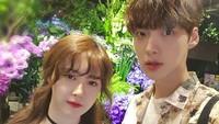 <p>Goo Hye-sun menikah dengan aktor Ahn Jae-hyun sejak 2016. Merek pasangan yang so sweet banget. (Foto: Instagram/aagbanjh)</p>