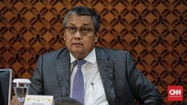 Gubernur Bank Indonesia (BI) Perry Warjiyo menyampaikan hasil Rapat Dewan Gubernur di kantor pusat Bank Indonesia, Jakarta, Kamis, 20 Desember 2018.