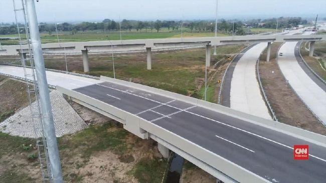 PT Jasa Marga (Persero) Tbk mengaku bakal mengkaji ulang tarif Tol Trans Jawa yang dikeluhkan pengusaha-pengusaha logistik terlalu mahal.
