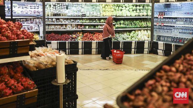 Wali Kota Bekasi Rahmat Effendi membatasi jam buka pusat perbelanjaan mulai pukul 11.00 hingga 20.00 WIB.