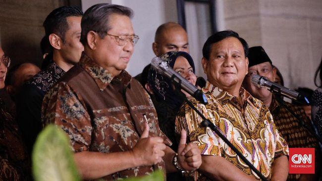 Wasekjen Partai Demokrat Rachlan Nashidik menyayangkan Prabowo Subianto yang tidak bersikap apa-apa ketika SBY dihujat dan Ani Yudhoyono dituding sakit palsu.