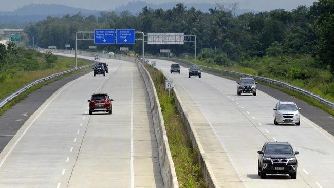 Hutama Karya memberikan sanksi denda bagi satu pengendara di jalan tol Trans Sumatera karena tidak bisa menunjukkan bukti pembayaran.