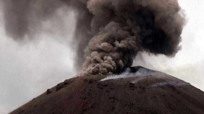 BPPT meminta mewaspadai aktivitas Gunung Anak Krakatau yang diduga memicu tsunami di Selat Sunda pada Sabtu (22/12) malam lalu.