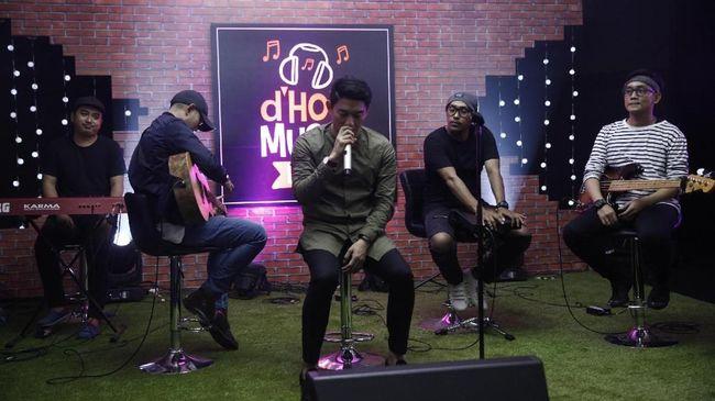 Pasha 'Ungu' mengusulkan pada Jokowi agar tanggal 22, saat kejadian tsunami meluluhlantakkan band Seventeen di Banten, dijadikan Hari Duka Musik Indonesia.