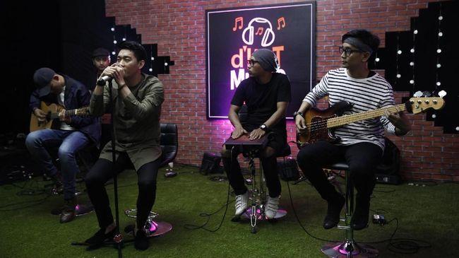 Ustaz dan pengurus partai Malaysia, Ahmad Dusuki Abdul Rani menyindir soal band Seventeen yang menjadi korban tsunami Selat Sunda.