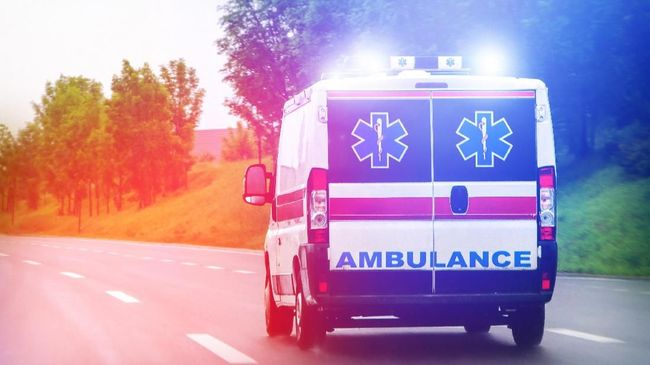 Kelompok mafia di kota Napoli, Italia, kerap mengancam sopir ambulans untuk mematikan sirene lantaran dinilai mengganggu.