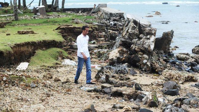Menteri ESDM Ignasius Jonan memastikan distribusi bahan bakar untuk ke wilayah Banten usai bencana tsunami aman, meski sempat terkendala.