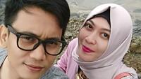 "<p>Muhammad Awal Purbani alias<a href=""https://hot.detik.com/celeb/4356444/jenazah-bani-seventeen-dimakamkan-besok-di-sleman"" target=""_blank"">Bani 'Seventeen' </a> harus pergi untuk selamanya, ketika tengah menghibur dalam acara di Tanjung Lesung Sabtu malam (22/12/2018). (Foto: Instagram/baniseventeen)</p>"