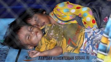 Ketika Anak-anak Harus Bertahan di Pengungsian Korban Tsunami