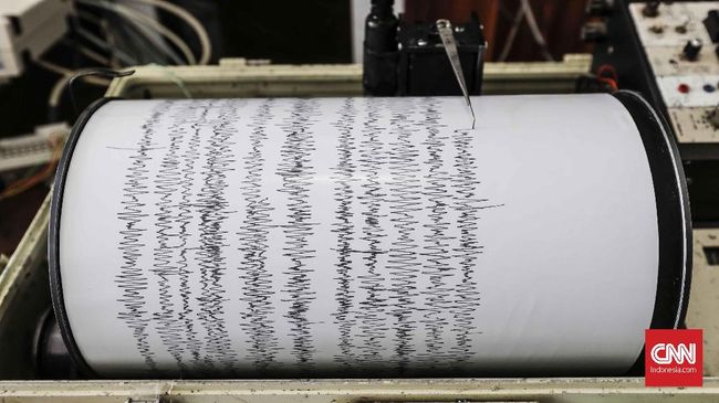 Gempa bumi dengan magnitudo 5,5 mengguncang wilayah Melonguane, Sulawesi Utara, pada Selasa (11/5) dini hari.