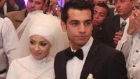 <p>Mohamed Salah menikahi Maggi pada 2013 lalu. Ketika itu, striker yang akrab disapa Mo Salah ini masih merumput di Swiss bersama klub FC Basel. (Foto: Istimewa)</p>