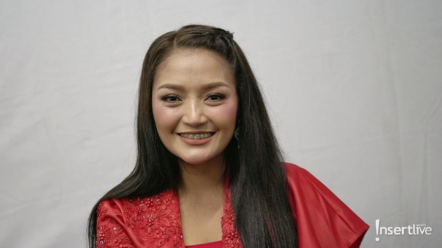Jelang Nikah, Siti Badriah Setop Belanja Tas Mewah