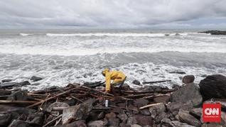 BMKG Ingatkan Gelombang Tinggi 4 Meter di Papua Barat