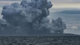 Gunung Anak Krakatau Alami 13 Kali Gempa Letusan Selama 6 Jam