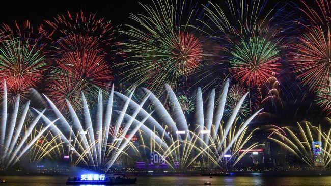 Pesta kembang api yang biasanya diadakan di Victoria Harbour nantinya berpindah lokasi.