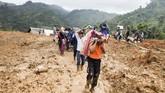 Awal tahun 2019 bagi warga Kabupaten Sukabumi menjadi duka akibat tanah longsor yang menimbun puluhan rumah di Desa Sirnaresmi.