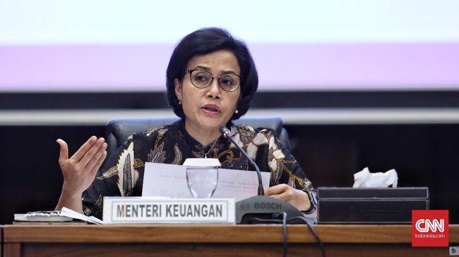 Menteri Keuangan Sri Mulyani Indrawati memberi keterangan kepada media terkait  Realisasi APBN 2018, Jakarta (2/1). Perekonomian Indonesia diprakirakan tumbuh hingga 5,15% di 2018, hal tersebut didukung oleh stabilitas pertumbuhan konsumsi rumah tangga, konsumsi pemerintah, dan peningkatan investasi. ( CNN Indonesia / Hesti Rika)