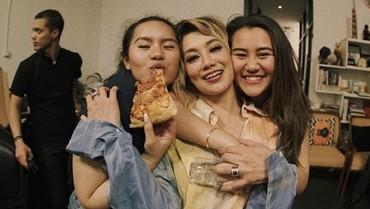 Sweet, Reza Artamevia Ungkap Kedua Putrinya Tak Pernah Bertengkar